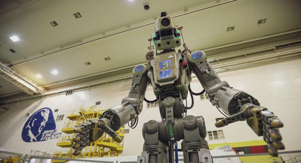 El androide Fedor viaja a bordo de la nave espacial rusa.