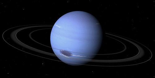 Los anillos de Neptuno son tenues y extremadamente difíciles de observar desde la Tierra