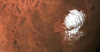 Descubierta más agua en Marte